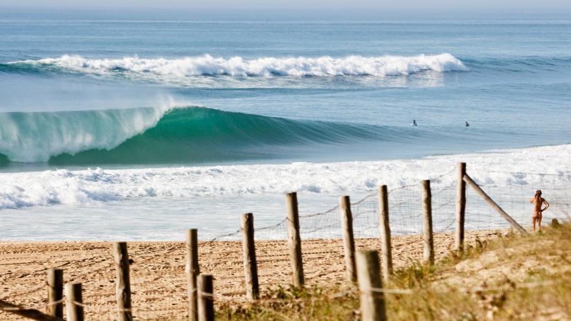 BestBeachBreak_surf_hossegor_2048.jpg